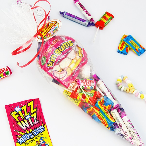 retro_sweet_bouquet_with_sweets