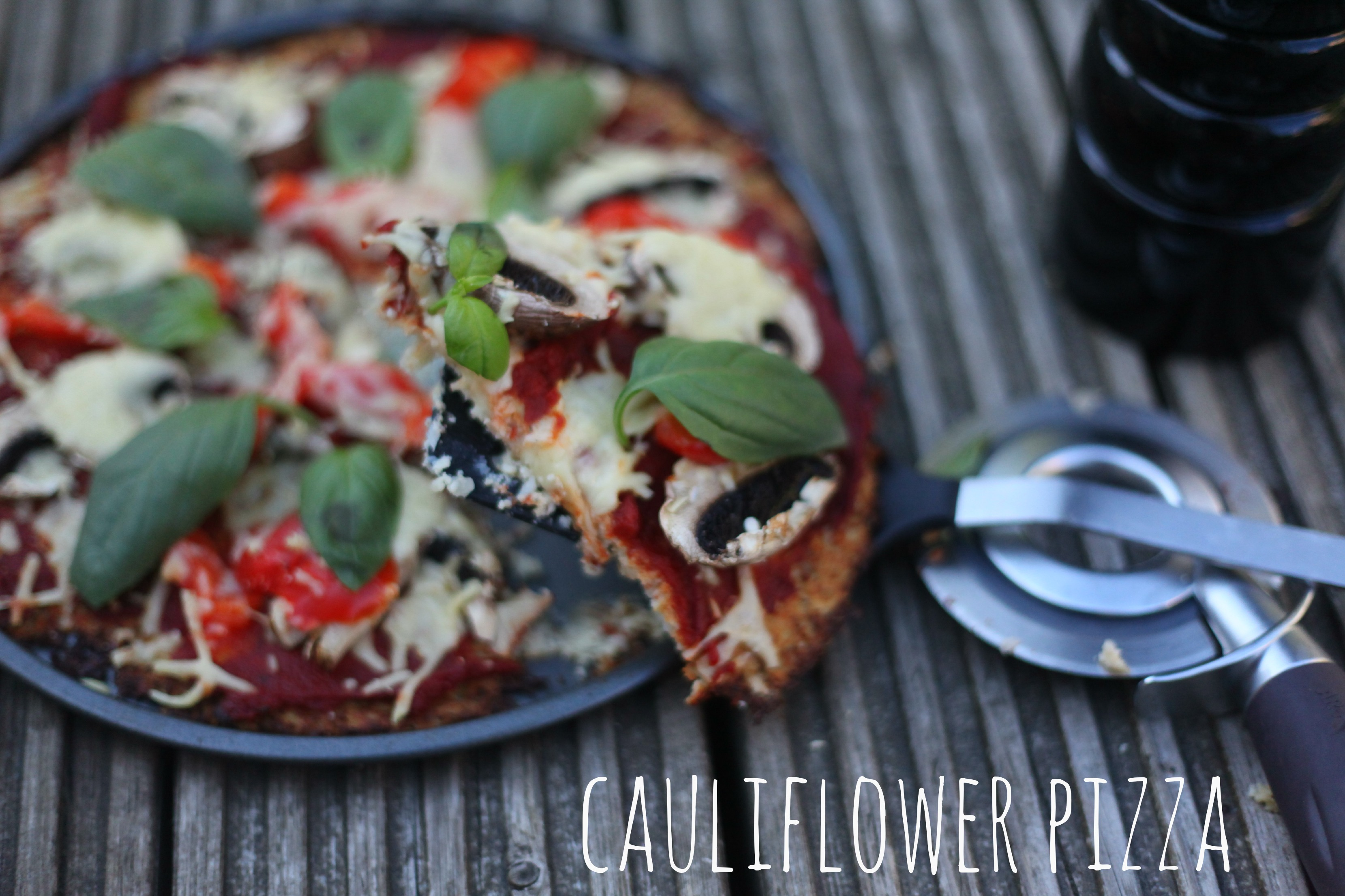 Cauliflower Pizza - mummy mishaps